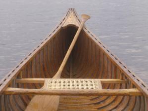 canoe-seat-w-paddle